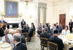 Trump'ın Beyaz Saray'da ilk iftarı
