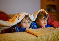 Tatilde  çocukları ekrandan uzaklaştırmak için yapılması gerekenler