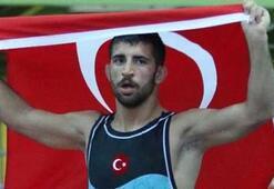 Milli güreşci Kerem Kemaldan altın madalya