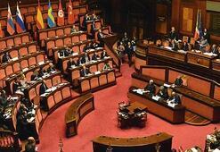İtalyada Conte hükümeti Senatodan güvenoyu aldı