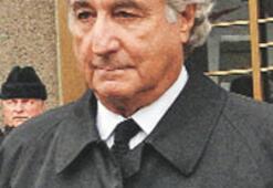 Banker Madoff, hapiste tuvalet temizleyecek
