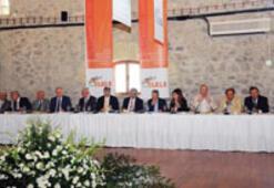 İzmir'in dinamikleri geleceği planlıyor
