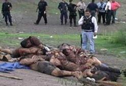 12 polise korkunç infaz