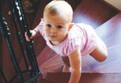Çocukları ev kazalarından koruyorlar