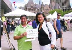 Kanada'da yaşayan İzmirli çift, en büyük ödülü aldı