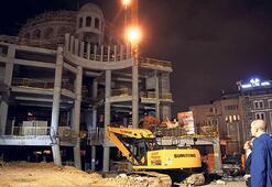 AKM ve Taksim Camii inşaatlarını inceledi