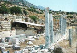 Kazılar iptal, tarihi eserler orta malı oldu