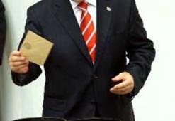 Mehmet Ali Şahin Meclis Başkanı