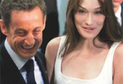 Şarkıdaki 'Kahpe Bruni' Carla Bruni Sarkozy mi