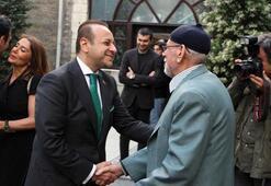 Eski AB Bakanı Egemen Bağış, Darülaceze'de iftar yemeği verdi