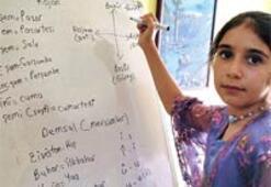 Kürtçe açılımın 10 yaşındaki öğretmeni
