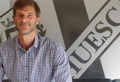 Leo Franco, Huescanın teknik direktörlüğüne getirildi