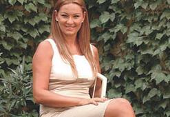 Pınar Altuğ'a acıyamayanlar el kaldırsın