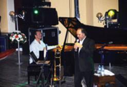 İzmir, caz müziğinin ustalarıyla renklendi