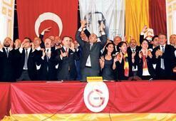 Mustafa Cengizden ezici zafer