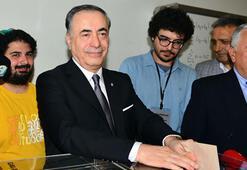 Galatasarayda başkan yeniden Mustafa Cengiz