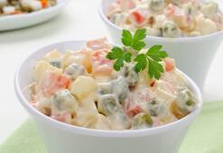 Pratik Amerikan salatası tarifi