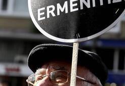 Binlerce kişi Hrant Dinki andı
