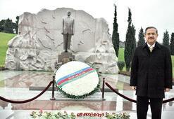 Azerbaycan'da 'Ermeni'yi konuşmak