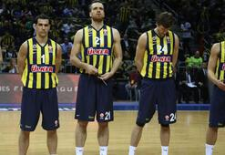Fenerbahçe Ülker, Armani deplasmanında