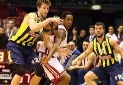 E.A. Milano - Fenerbahçe Ülker: 71-82