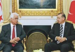 Ankara Kıbrıs'ta  '4 özgürlük' istiyor