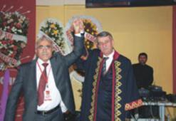 CHP'de başkanlar güven tazeledi