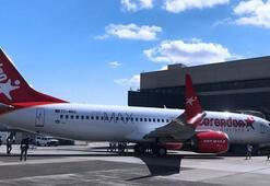 Türkiye'nin ilk Boeing 737 MAX 8'i Antalyaya indi