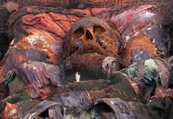Polonyalı yarbayın naaşı arsa sahibini yaktı