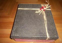 Sevgililer Günü için el yapımı hediye kutusu
