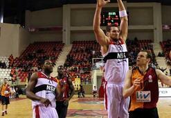 NSK Eskişehir Basket, 4 maç sonra güldü
