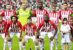 Antalyasporda 10 futbolcunun sözleşmesi sona erecek