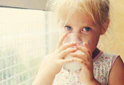 İnek sütünü erken yaşta vermeyin