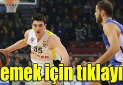 Anadolu Efes - Fenerbahçe Ülker: 71-77