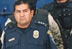'Dürüst' polisler müdürü kandırdı