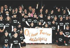 Oliver Twist'e muhteşem gala