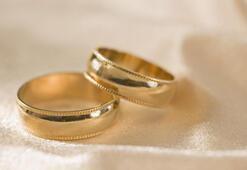 Türkiyede evlenme yaşı yükseliyor