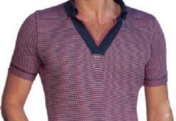 Biri dar tişört seviyor, diğeri  takım elbiseden vazgeçmiyor