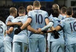 Manchester City, Chelseayle farkı 5e indirdi