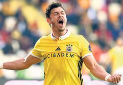 Brezilyalı taraftarlar, Giulianoyu milli takımda görmek istiyor