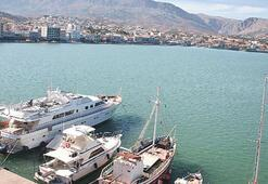Kıyılarımızla koklaşan komşu Yunan adaları