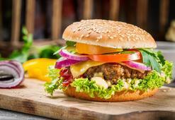 Çocuklar için ev hamburgeri yapımı