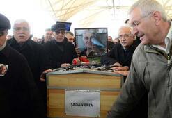 Yanlışlıkla Erdal Erenin annesinin cenazesine katıldı