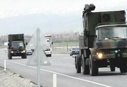Erzincan'dan askeri konvoy Erzurum'a gitti