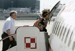 Polonya Devlet Başkanının uçağı düştü