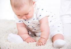 Bebekler ne zaman desteksiz oturur
