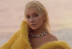 Christina Aguilera tarzını değiştirdi