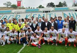 Bursada İbrahim Yazıcı Stadı açıldı