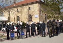 Polis lince karşı camiye sakladı