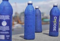 Sadece 3 haftada tamamen ayrışan su şişesi icat ettiler